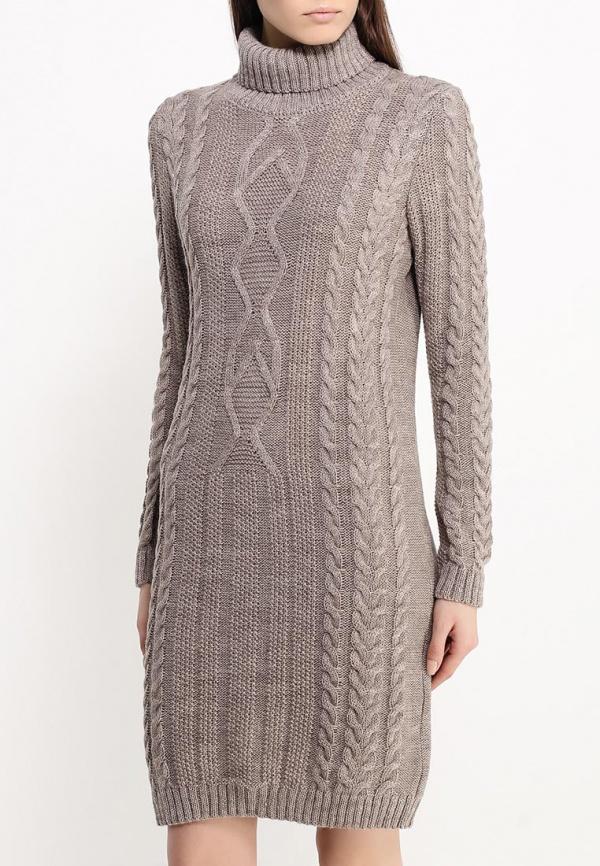Объемное платье